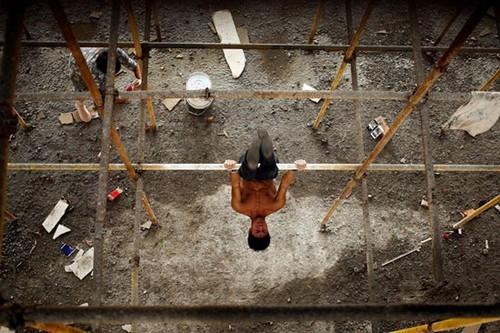 1477077863439 irannaz com این ستاره پرورش اندام یک کارگر ساختمانی است (عکس)