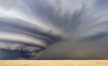1579354764 robeka.ir عکس هایی حیرت آور و دیدنی از یک طوفان نادر