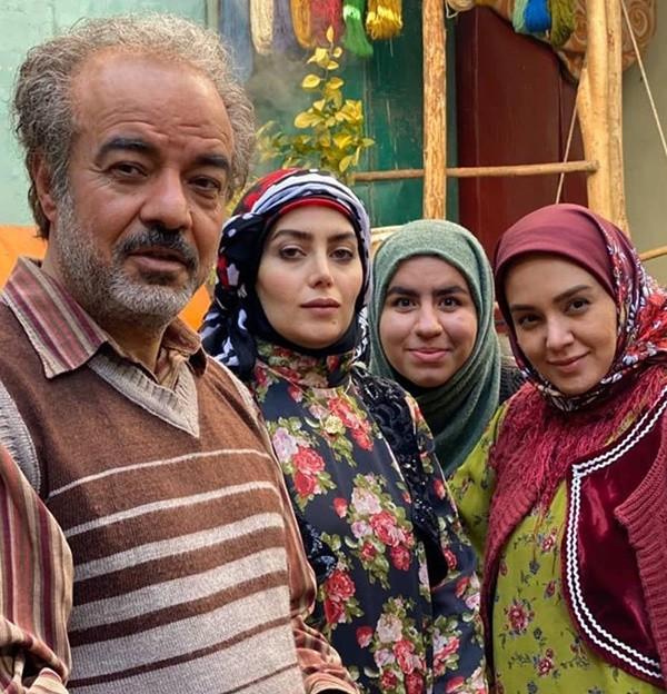 1586634930 robeka.ir بیوگرافی تمام بازیگران زن سریال نون خ 2 (دختران نورالدین خانزاده)