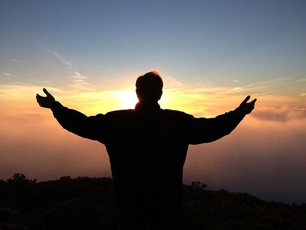 1586938184 robeka.ir دعا برای رفع غم و دلتنگی | رهایی از اندوه و غم و استرس