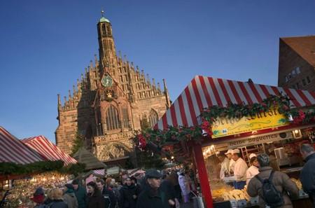 1608249068 robeka.ir آداب و رسوم جالب و عجیب کریسمس در کشورهای مختلف جهان