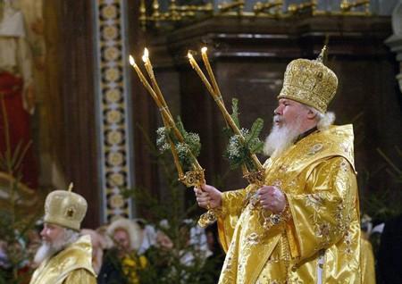 1608249072 robeka.ir آداب و رسوم جالب و عجیب کریسمس در کشورهای مختلف جهان