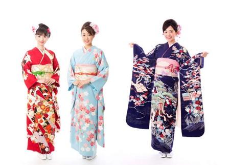 1608249391 robeka.ir کیمونو لباس سنتی ژاپنی
