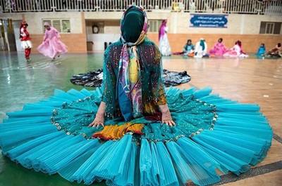 1608440822 robeka.ir آشنایی با لباس محلی مردان و زنان شیراز