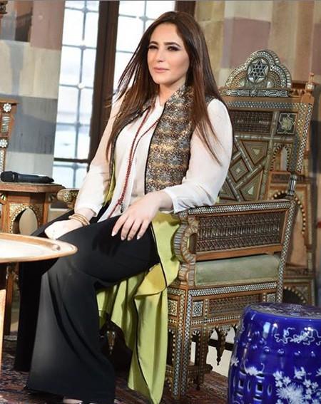 1609001416 robeka.ir بیوگرافی عبیر نعمه خواننده و موسیقیدان زن لبنان + عکس