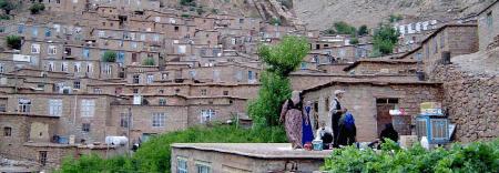 1609282692 robeka.ir روستای هجیج، روستای پلکانی کرمانشاه