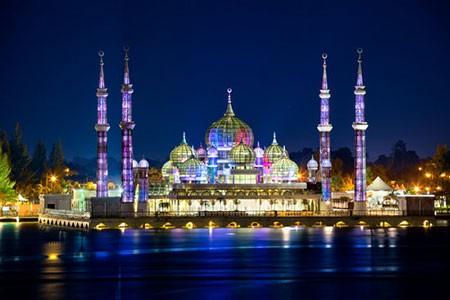 1609355569 robeka.ir مسجد کریستال، شاهکار هنری و معماری در مالزی