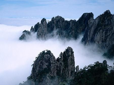 1609448811 robeka.ir کوه هوآشان، یکی از خطرناک ترین مناطق کوهستانی دنیا