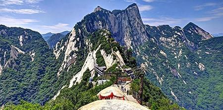 1609448821 robeka.ir کوه هوآشان، یکی از خطرناک ترین مناطق کوهستانی دنیا