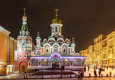 1609621238 robeka.ir کلیسای کازان، از بناهای پربازدید مسکو (+تصاویر)