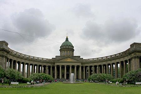 1609621244 robeka.ir کلیسای کازان، از بناهای پربازدید مسکو (+تصاویر)