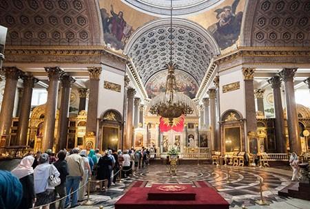 1609621246 robeka.ir کلیسای کازان، از بناهای پربازدید مسکو (+تصاویر)