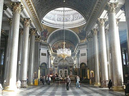 1609621254 robeka.ir کلیسای کازان، از بناهای پربازدید مسکو (+تصاویر)