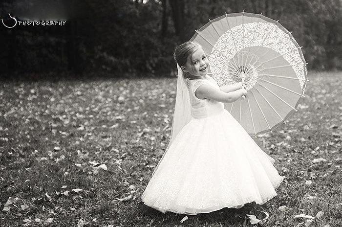 1612875032 831 تصاویر جنجالی عروسی دختر 5 ساله عکس عروس و داماد تصاویر جنجالی عروسی دختر 5 ساله +عکس عروس و داماد