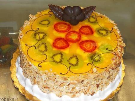 da a9 db 8c da a9  d8 a7 d8 b3 d9 81 d9 86 d8 ac db 8c 5 تزیین کیک اسفنجی با میوه