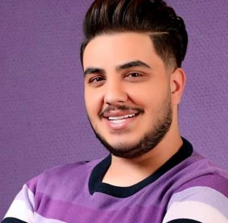 aron afshar1 10 بیوگرافی آرون افشار خواننده پاپ و جوان ایرانی