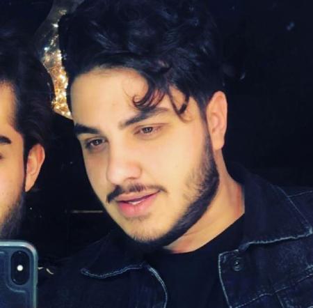aron afshar1 2 بیوگرافی آرون افشار خواننده پاپ و جوان ایرانی