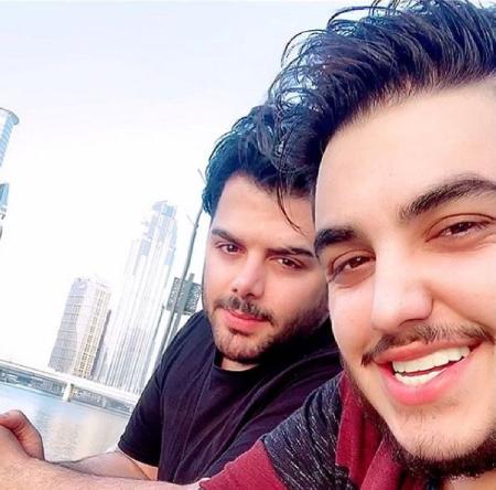 aron afshar1 3 بیوگرافی آرون افشار خواننده پاپ و جوان ایرانی