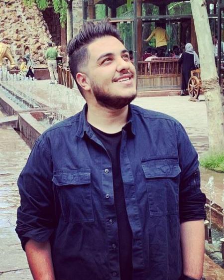aron afshar1 6 بیوگرافی آرون افشار خواننده پاپ و جوان ایرانی