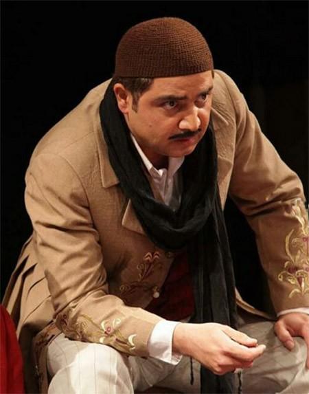biography atabak naderi 4 robeka.ir  بیوگرافی اتابک نادری + عکس اتابک نادری و همسرش و فرزندش