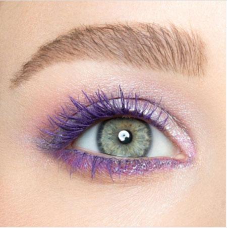 colored mascara use 3 ریمل رنگی چیست و چگونه استفاده می شود؟