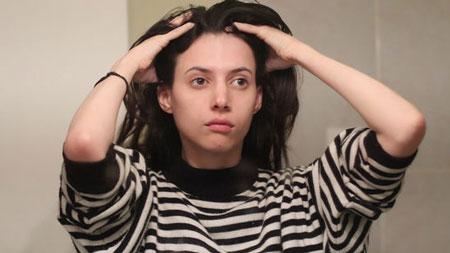eight fattening causes 5 هشت دلیل چرب شدن موها چیست؟