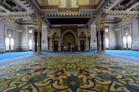 farooq mosque 04 آشنایی با مسجد الفاروق زیباترین مسجد جهان اسلام