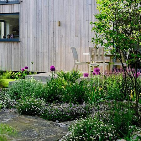 garden3 landscaping7 محوطه سازی باغ چگونه انجام می شود؟
