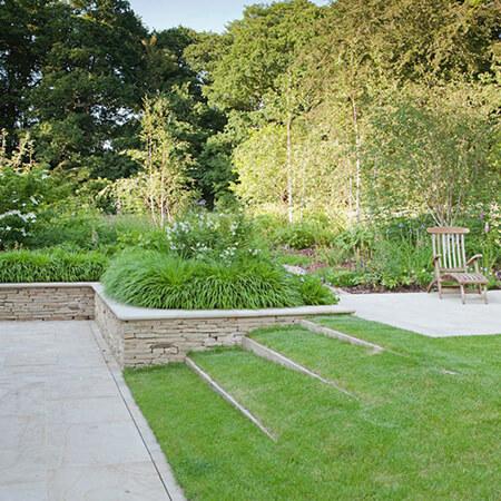 garden3 landscaping8 محوطه سازی باغ چگونه انجام می شود؟