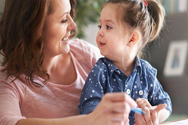 ksdmmfcnknhvnuyt894nyurhc2iohruuhbrbui4uyr8934uctj4ijrh24i برنامه روزانه کودک سه ساله میتواند شامل چه مواردی باشد؟