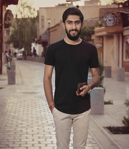 miladharooni singer1 2 بیوگرافی میلاد هارونی خواننده، آهنگساز و ترانه سرای ایرانی