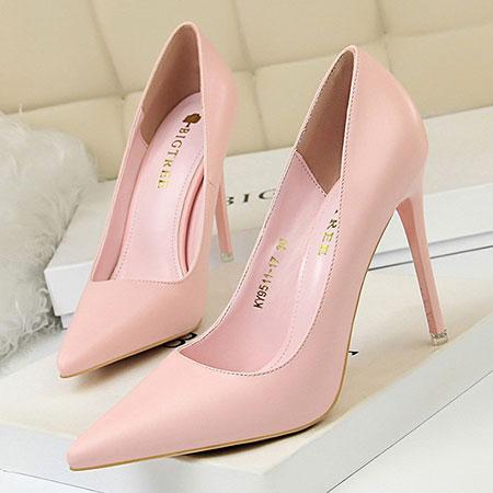 necessary2 shoe2 ladies3 مدل کفش های لازم برای خانم ها