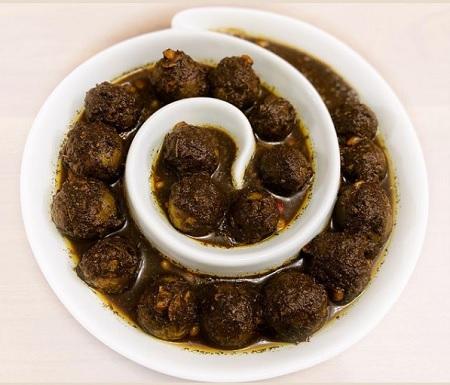 pickled walnut 06 روشهای مختلف تهیه ترشی گردو عالی