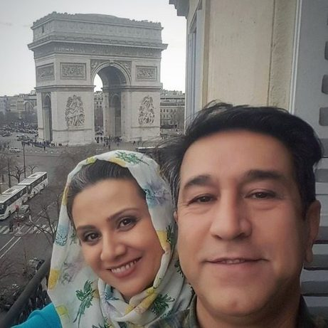 resized 357265 531 بیوگرافی فلورا سام و همسرش علی اوجی + عکس همسر و دخترش