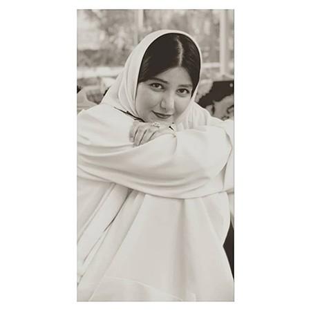 roofiya mahzari بیوگرافی روفیا محضری + عکس های روفیا محضری