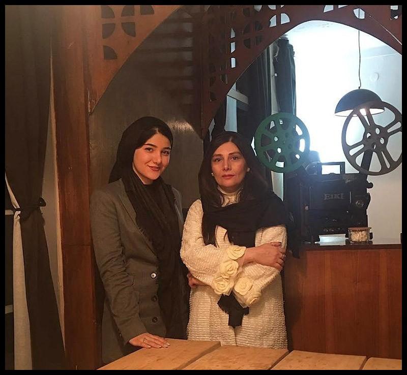 rtgbyj7iyoolrybnmi7mju7 بیوگرافی روفیا محضری + عکس های روفیا محضری