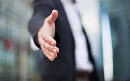 shaking1 hands2 islam3 آداب دست دادن در اسلام